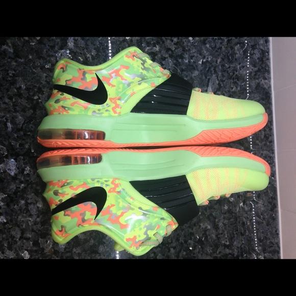 2fc2251a2214 Nike KD VII